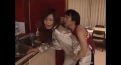 หนังโป๊ญี่ปุ่นเห็นแล้วโคตรเงี่ยนเสียวมากเลยจริงๆห้ามพลาดเลยเย็ดหีกันโคตรฟินเลยห้ามพลาดมาก